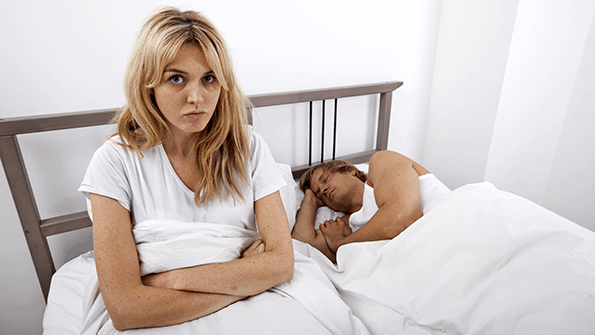How to Sleep Next to Someone Who Snores: Is it Possible?