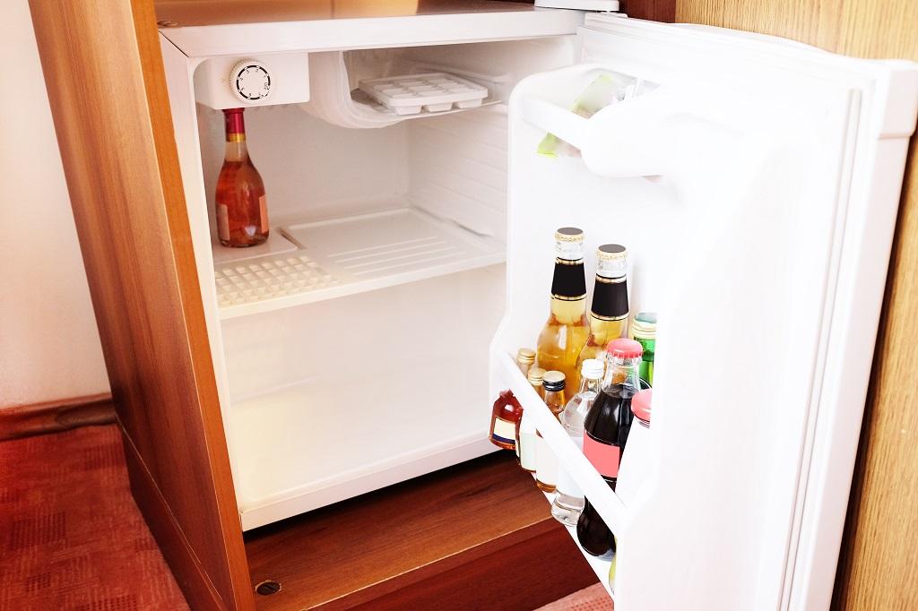 mini fridge 16 inches wide